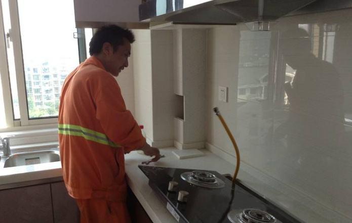 燃气灶具代理加盟商,灶具批发经销商安装灶具